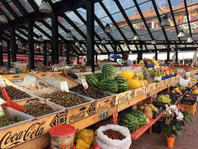 mercato in centro a Tirana