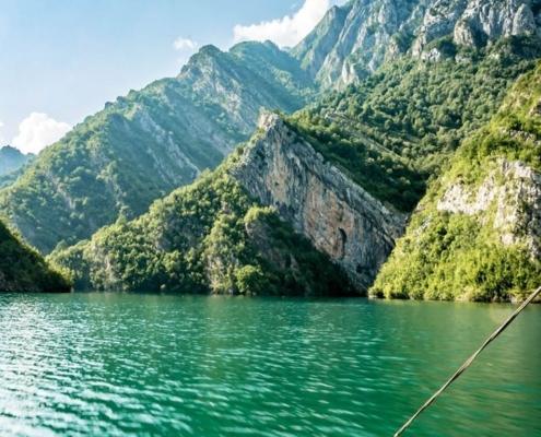 Lago di Koman -Alpi Albanesi