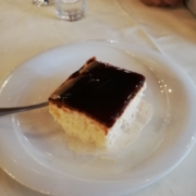 dolce-tradizionale-albanese-trilece-magazine-albaniainsieme.